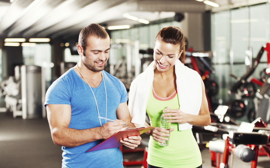 Can personal trainers and health coaches give nutrition advice?